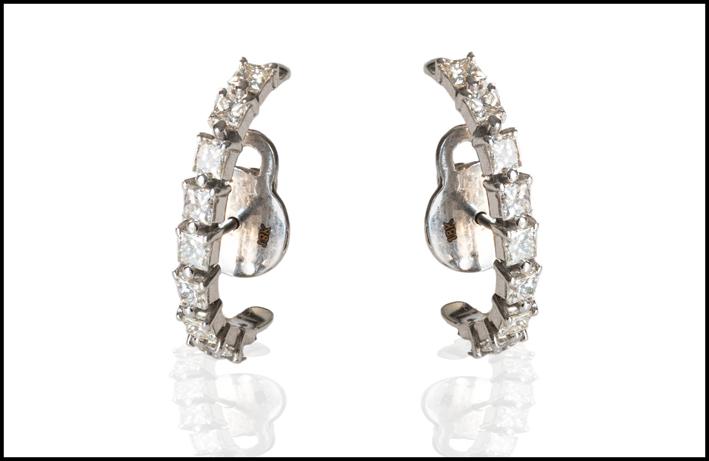 Orecchini di Ana Khouri in oro e diamanti