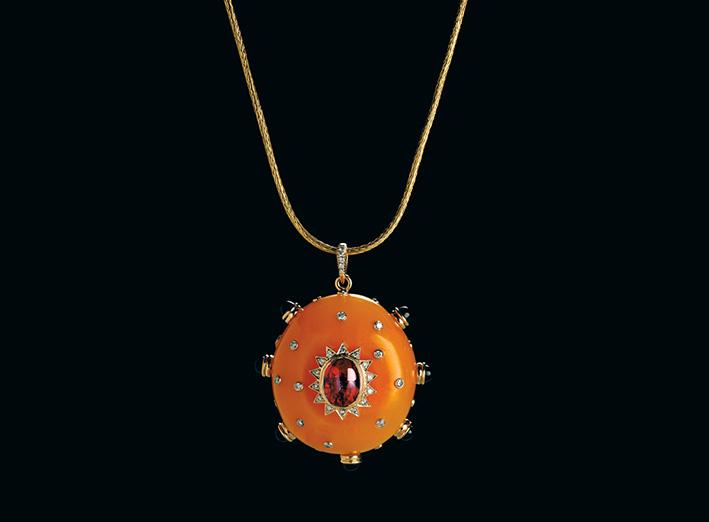 Imperial Pendent, in resina, rubino, onice e diamanti