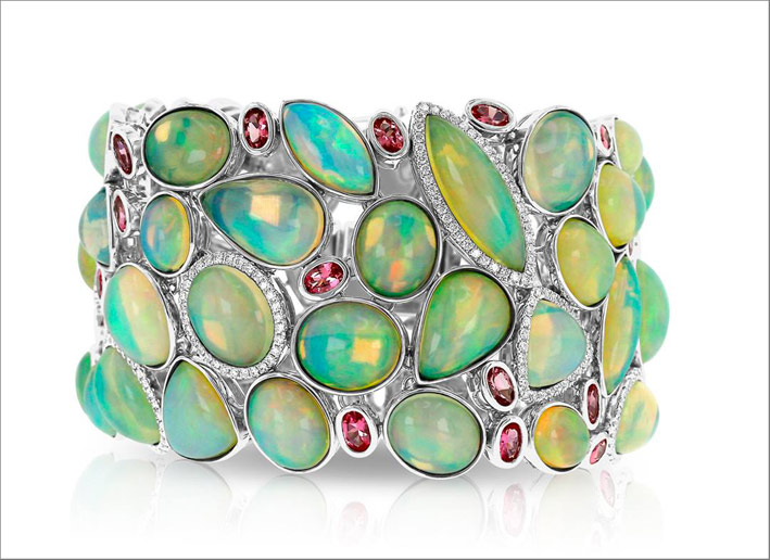 Bracciale con opale, diamanti e spinelli