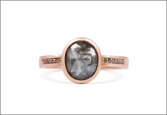 Anello Amulet, oro rosa, diamante grigio