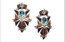 Orecchini (vista verticale) con zirconi blu, zaffiri brown, labradorite, acquamarine, spinelli neri, diamanti e oro rosa riciclato
