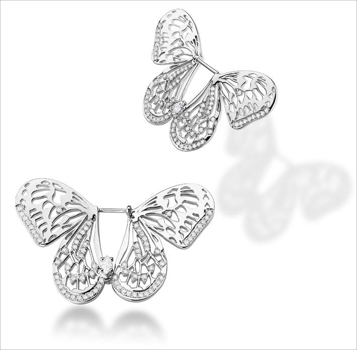 Collezione Butterflly. Orecchini in oro bianco e diamanti