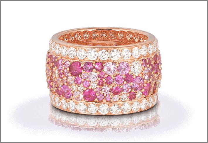 Anello con zaffiri rosa e diamanti