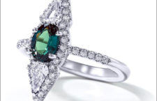 Anello con diamanti e alessandrite