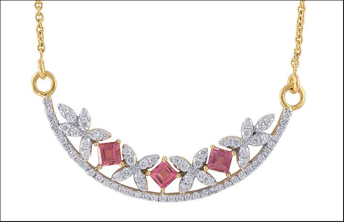 Collana con diamanti e tormalina rosa.