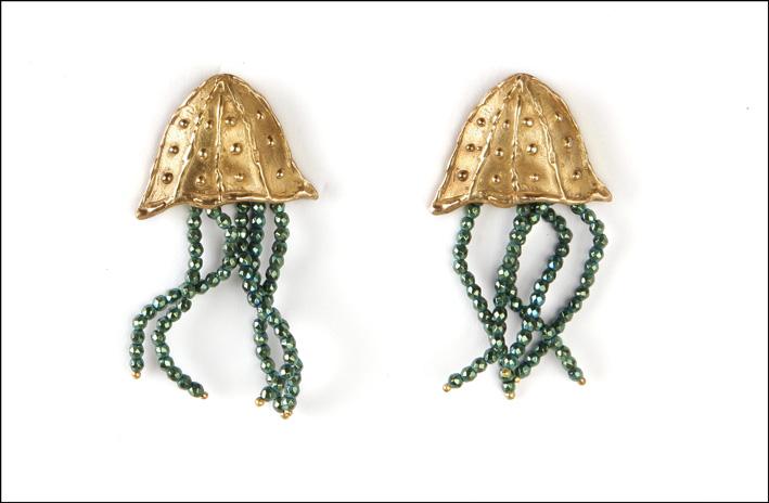 Orecchini Meduse in bronzo e ematite. Prezzo: 175 euro