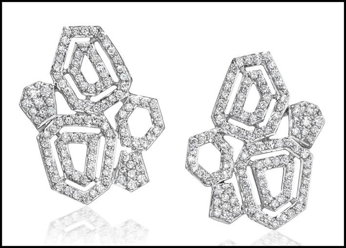 Orecchini Montmatre, oro e diamanti. Prezzo: 3490 dollari