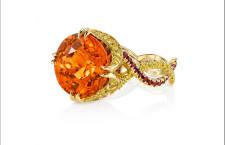 Anello di granato spessarite  e diamanti