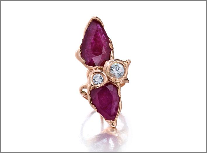 Lucifer Vir Honestus, anello in oro e rubini per Gemfields