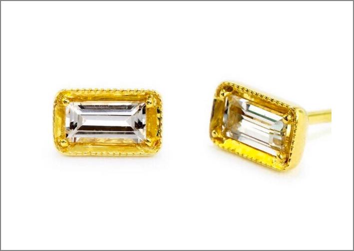 Orecchini in oro giallo 14 carati, zaffiro bianco e diamanti