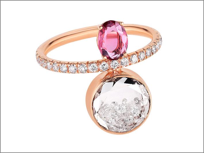 Anello con zaffiro rosa e diamanti mobili