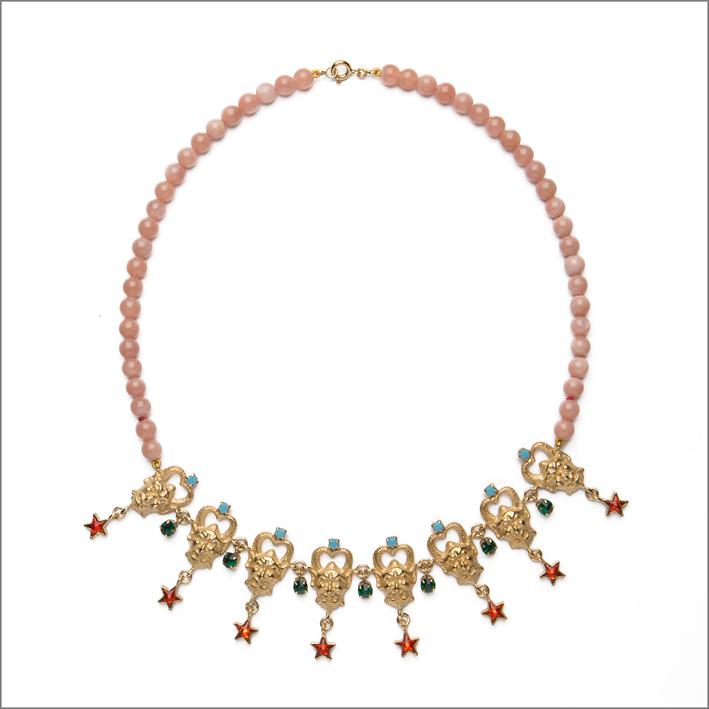 Collana in argento placcato oro con quarzi rosa, zirconi di diversi colori