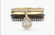 Gaby Stack ring, comprende un anello con diamante a pera