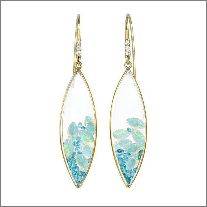 Orecchini con opali e zaffiri