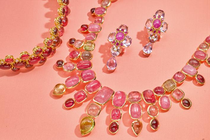 Da sinistra a destra) oro a 18 carati, Tormalina e Diamante Bracciale, Tony Duquette. Stima $ 10.000-15.000
