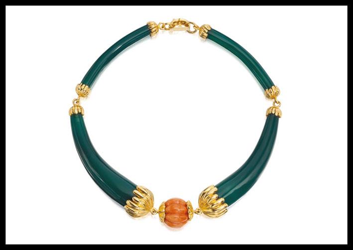 Collana in oro, crisoprasio e corallo