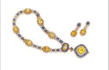 Parure di Van Cleef & Arpels con zaffiri e diamanti. Venduto per  340.000 dollari
