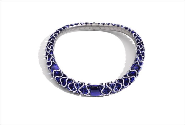 La collana Blue Velvet