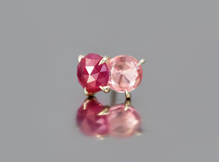 Orecchino con rubino e zaffiro rosa