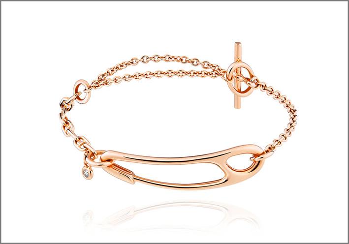 Hèrmes, bracciale medio in oro rosa e un diamante. Prezzo: 2400 euro
