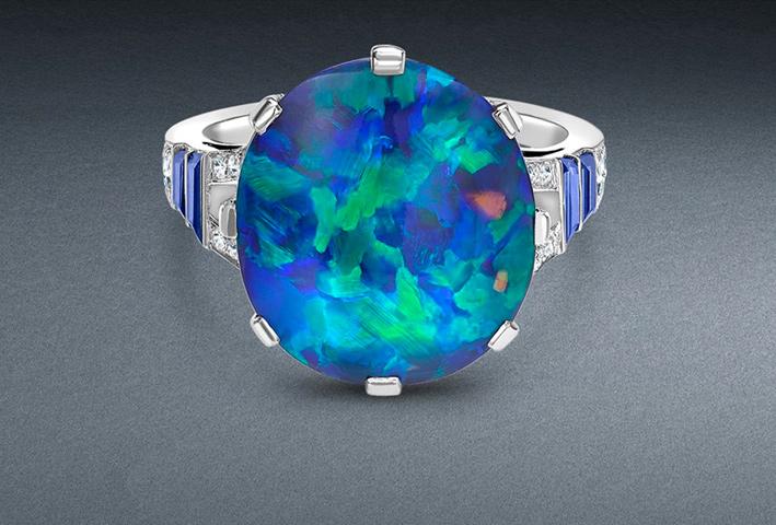 Anello con opale e zaffiri