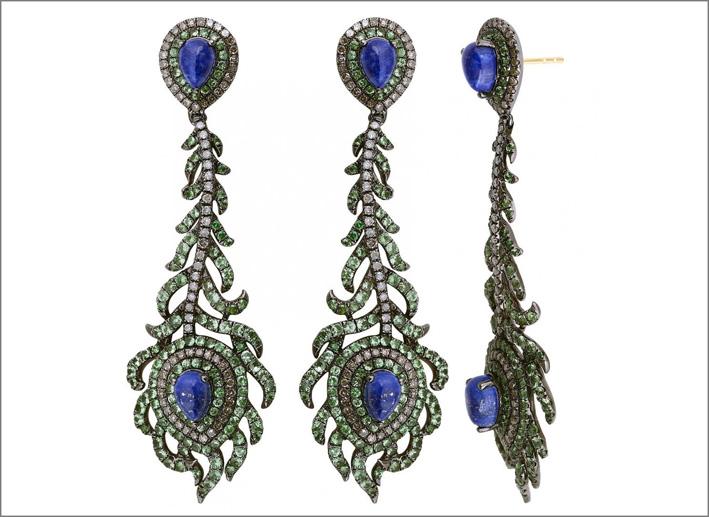 Kiros, orecchini della Vintage collection, con zaffiri e tormaline
