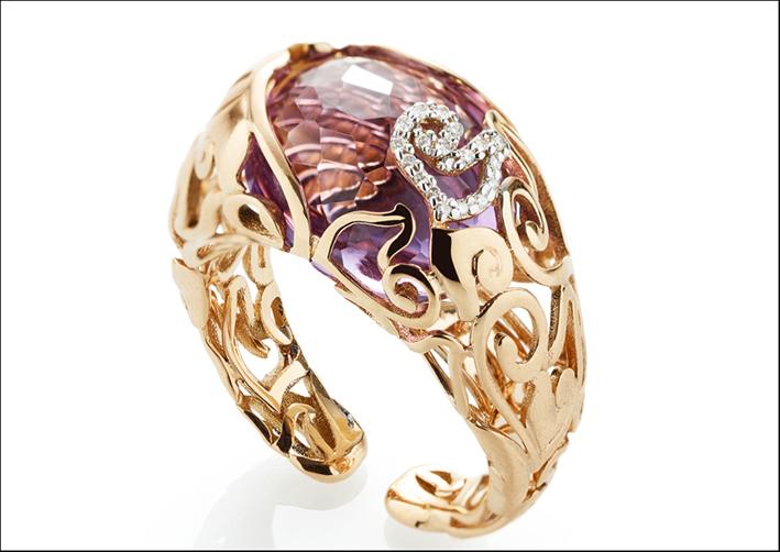 Anello in oro e ametista della collezione DiAmour Folies
