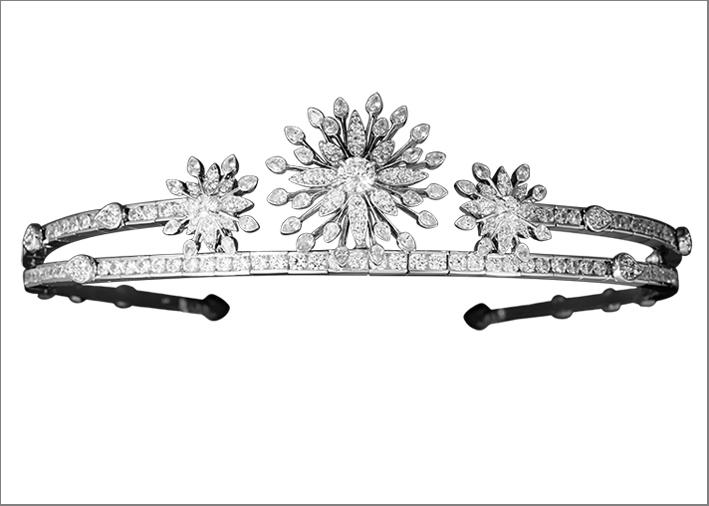 Diadema della collezione Alexandra per Burma