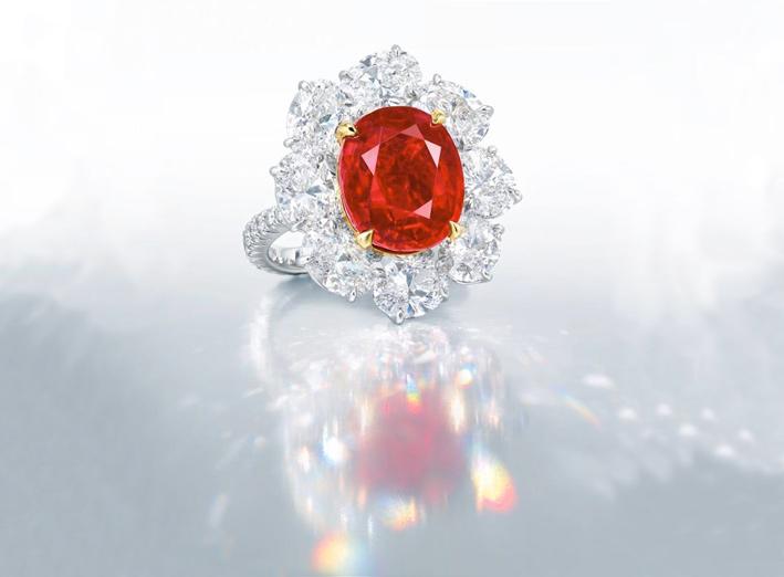 Ratnaraj Ruby, anello con rubino da 10 carati