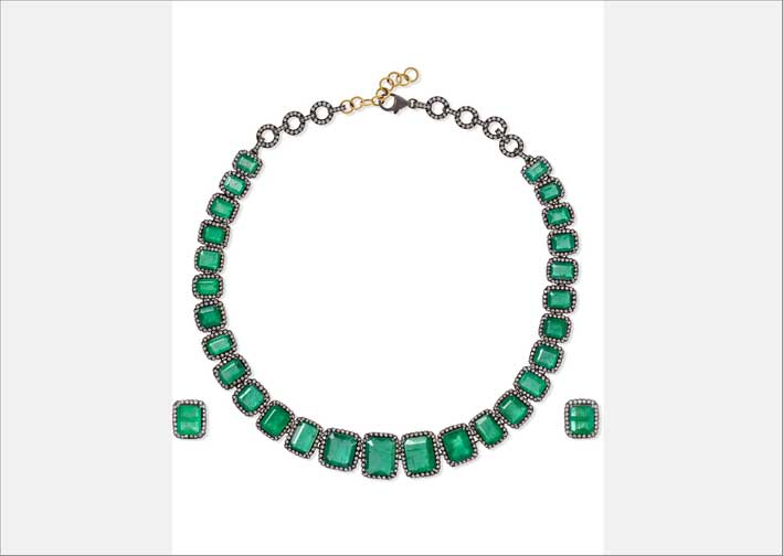 Set di collana e orecchini con smeraldi