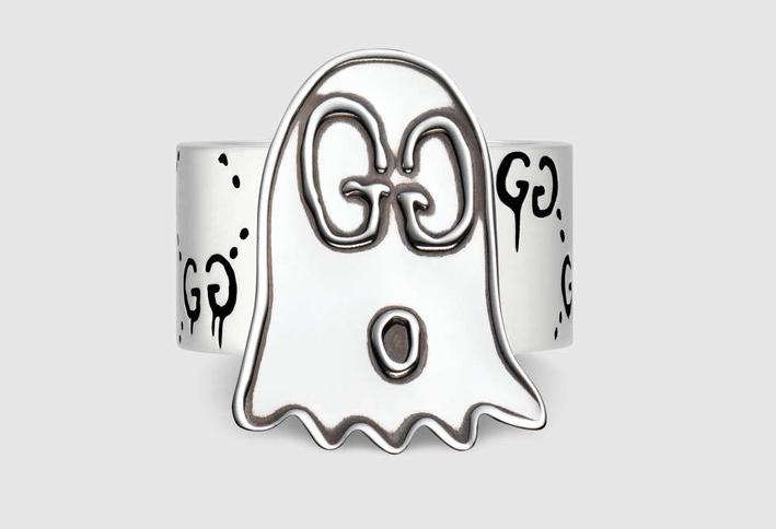 Anello con fantasma