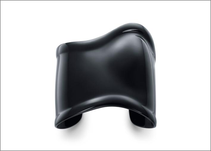 Bracciale in rame con finitura in carbonio nero, design Elsa Peretti