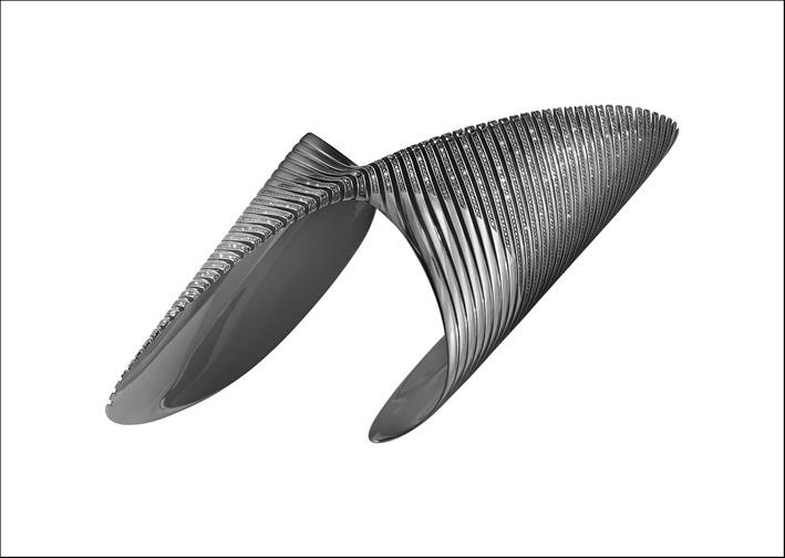 Georg Jensen, bracciale in argento rodiato con diamanti neri. Prezzo: 33.600 euro