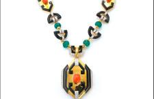 Collana in stile azteco, particolare