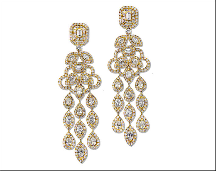 Orecchini chandelier in oro giallo e diamanti