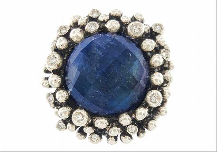 Anello Deep Universe, argento, sodalite e diamanti