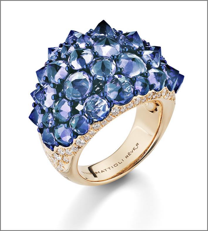 Mattioli, anello in oro rosa della collezione Rêve_r