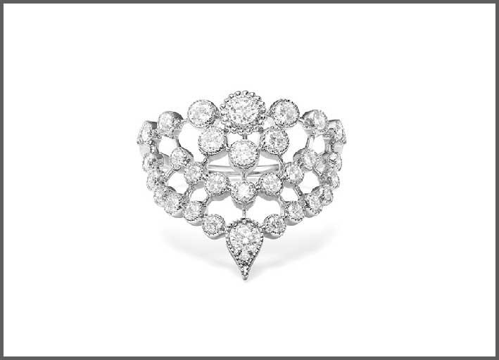 Anello Swan, in oro bianco e diamanti