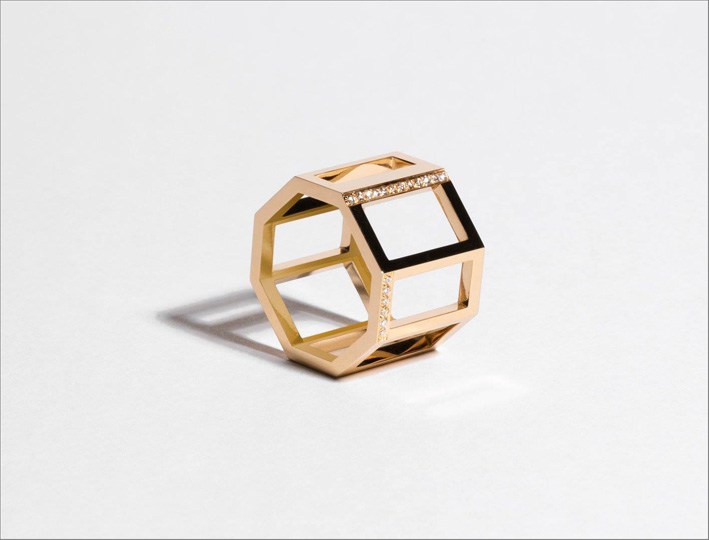 Anello Octagone, in oro rosa e diamanti sintetici