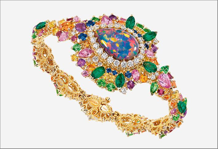 Bracciale orologio con opale, diamanti, smeraldi, rubini e zaffiri