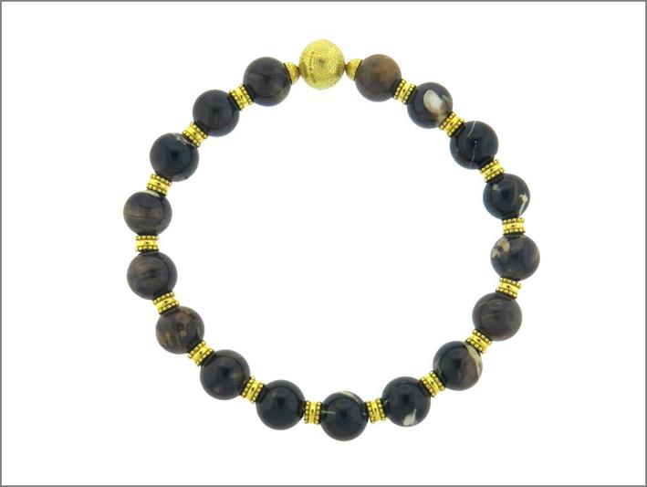 Collana in oro con perle di agata