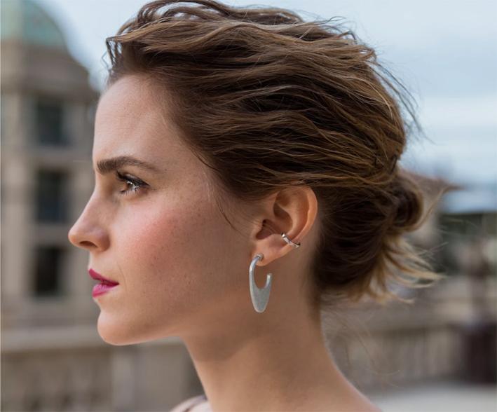 Emma Watson con orecchini Laos Dome