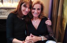 Lucia Silvestri (a destra) con Carla Bruni