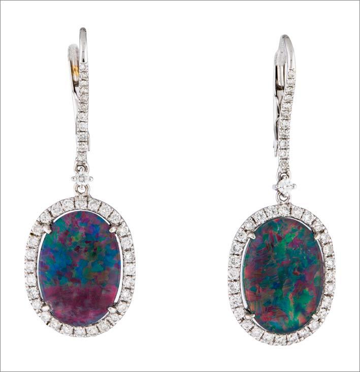 Orecchini in oro 18 carati con opale e quarzo