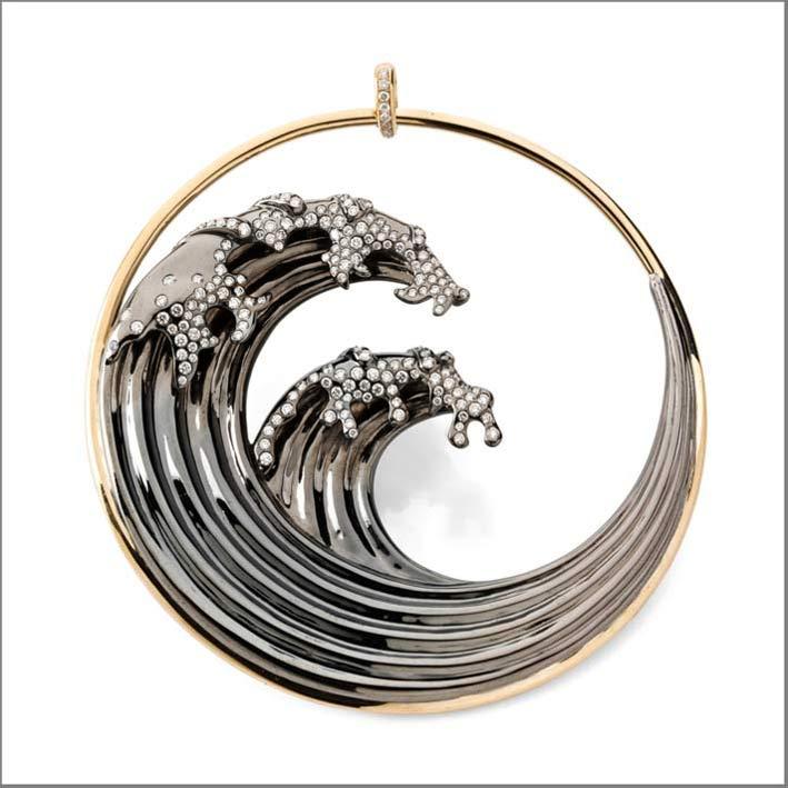Ciondolo Hokusai in argento, oro, diamanti bianchi