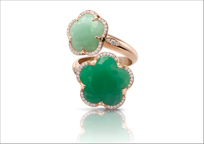 Pasquale Bruni, collezione Bon Ton, anello moi et toi in oro rosa, diamanti e crisoprasio
