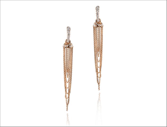 Orecchini della collezione Jingle in oro rosa e diamanti