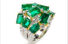 Anello con cluster di smeraldi