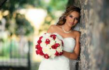Per i gioielli nel giorno del matrimonio vince sempre la semplicità