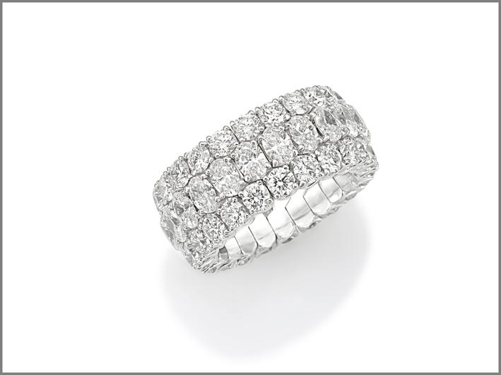 Picchiotti, wedding band, anello della collezione Xpandable in oro bianco e diamanti